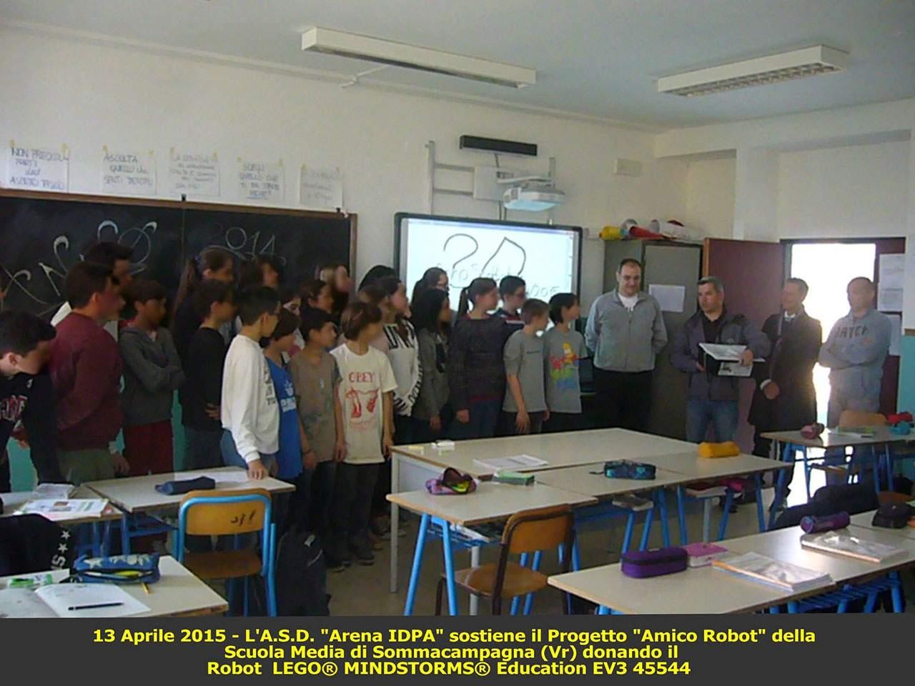 Donazione Scuola Media di Sommacampagna 2015
