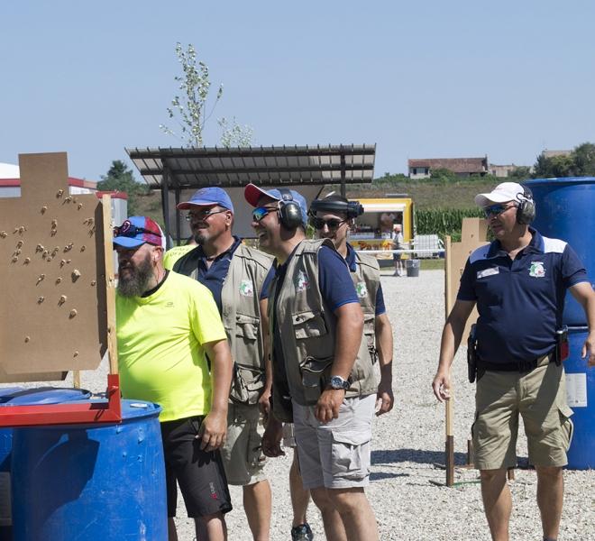 Arena Shooters · Gara con Robert G. Vogel